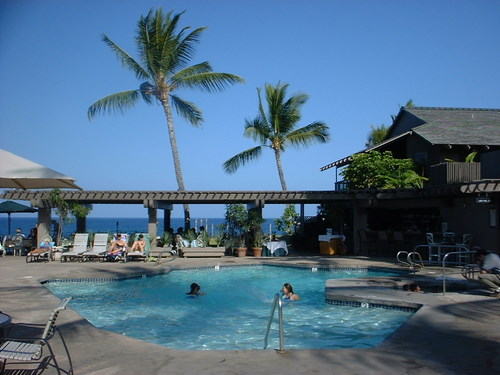 Oceanfront pool at Outrigger Kanaloa